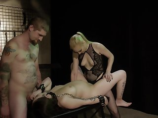 Obedient prego slut leaves this couple to fuck her merciless