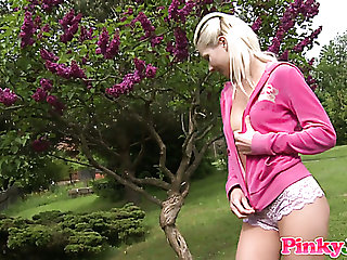 Adorable teen Pinky June toying tight pussy in the park