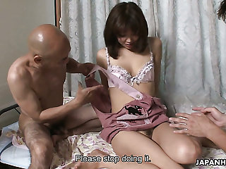 Svelte and pretty Japanese housewife Juri Kitahara gets warmed up by men