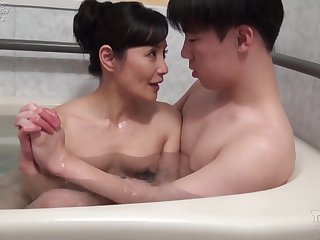 Asian mature fucked after bath